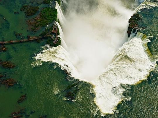 Iguazu Falls by Chris Schmid