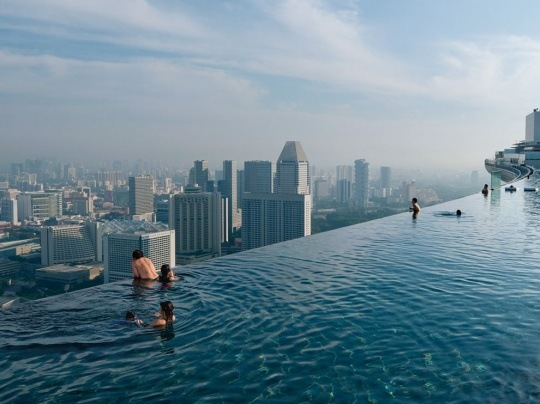 Infinity Pool, Singapore by Chia Ming Chien