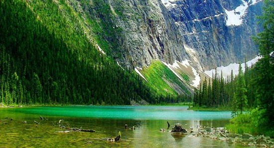 amazing-colorful-landscape