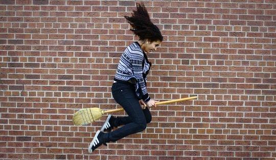 06-levitation-photography