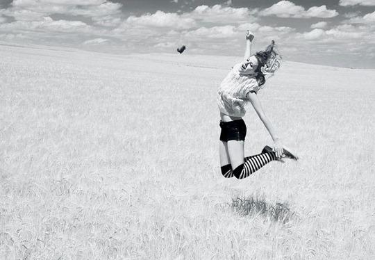 11-levitation-photography