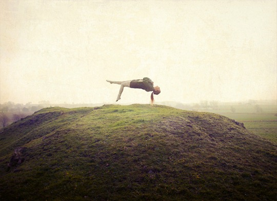 17-levitation-photography