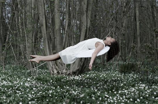 36-levitation-photography