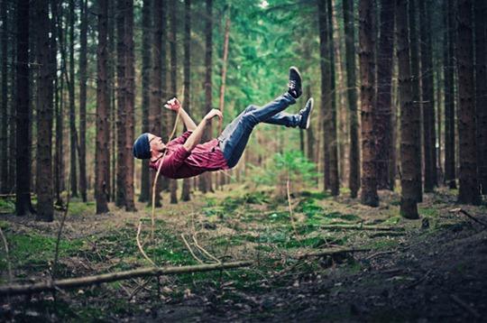 39-levitation-photography