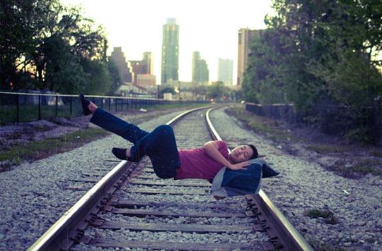 43-levitation-photography