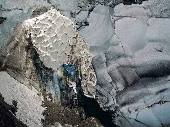 mt-erebus-cave-peter-photo-of-the-day-natgeo