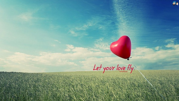 Let Your Love Fly Valentine Day Wallpaper