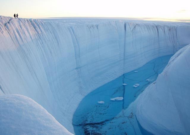 Ice-Canyon-Image-3.jpg